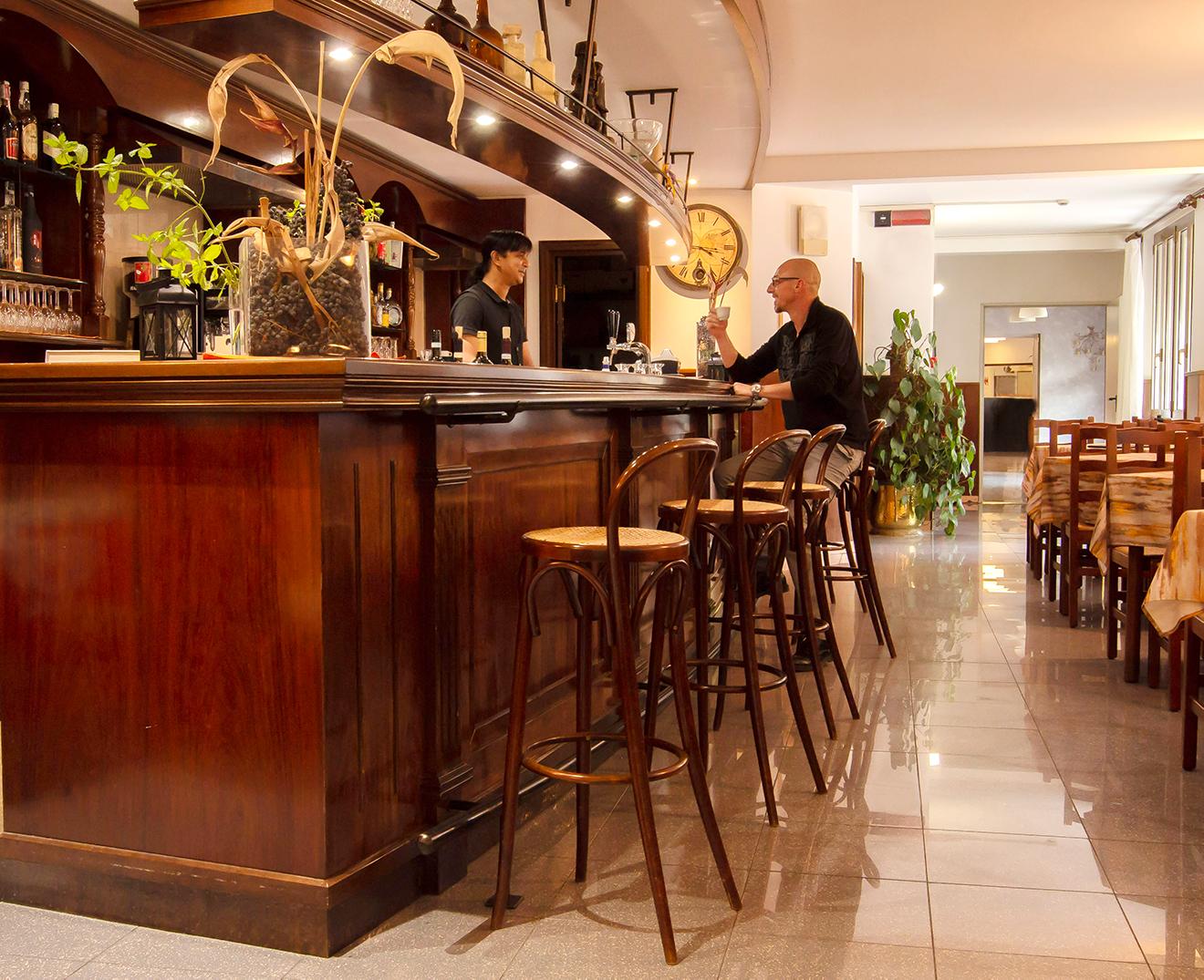 bar-hotel-san-zeno