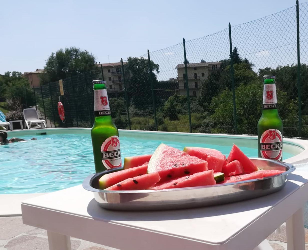 piscina-estate-anguria-hotel-san-zeno